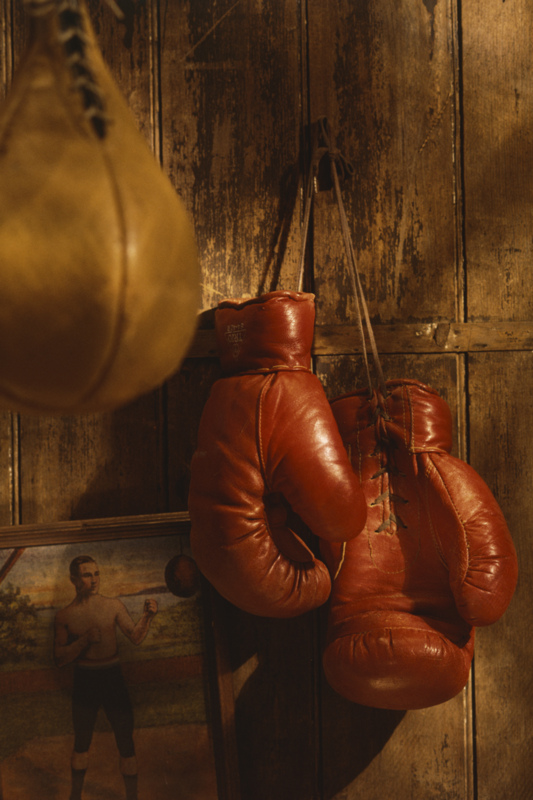 Old-boxing-gloves-and-speed-bag